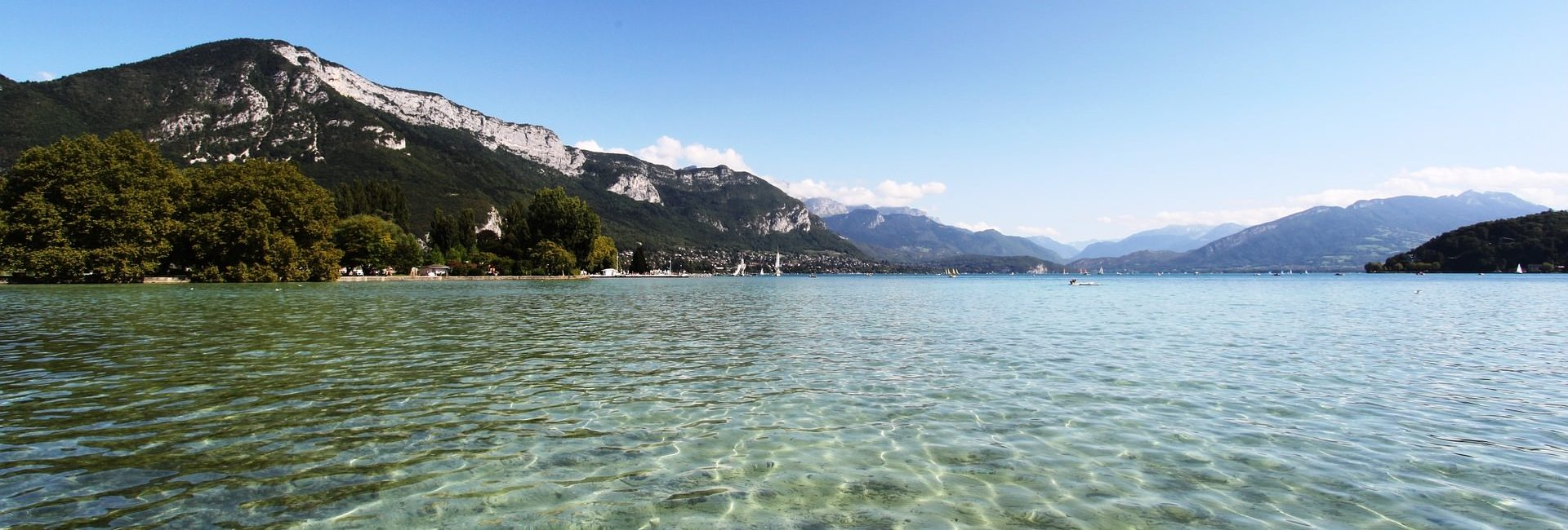 annecy-lake-1173384_1920